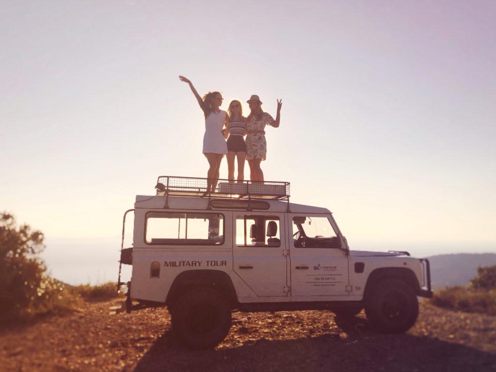 Vintage jeep tour of Vis island.